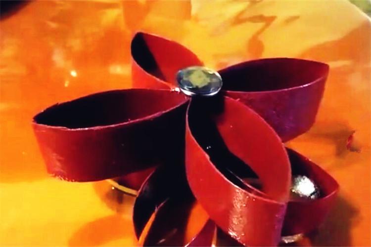手工DIY:卷紙芯做的裝飾花