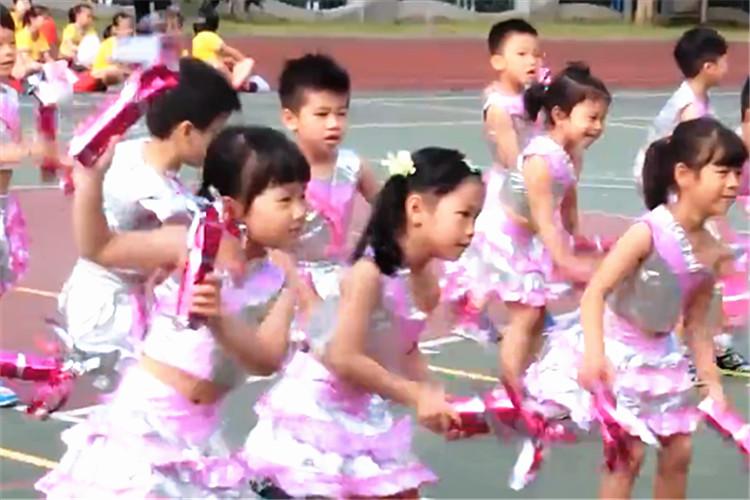 幼兒園運動會開場舞表演