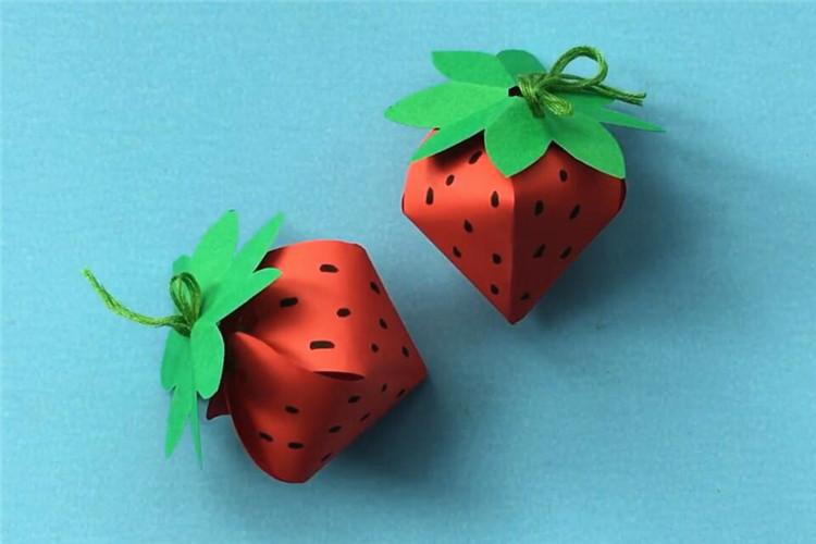 创意水果手工:漂亮的草莓
